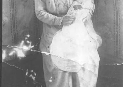 Grandmother Bartlett with Fred Bartlett 1917